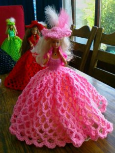 914 new dolls victorian ballgowns 19 feb 2012 043 (13) (640x480) - Copy