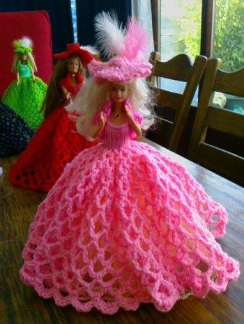 914 new dolls victorian ballgowns 19 feb 2012 043 (13) (640x480) - Copy