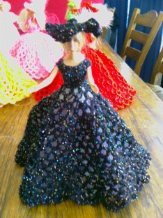 917 new dolls victorian ballgowns 19 feb 2012 055 (74) (640x480) - Copy
